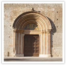 La Porta Santa della Basilica di Santa Maria di Collemaggio
