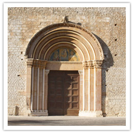 La Porta Santa della Basilica di Collemaggio